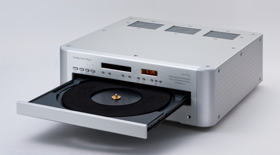 レーザーターンテーブル内部の回路変更、防振対策、デザインまで個人で行った高音質モデル (特許庁 意匠登録済)