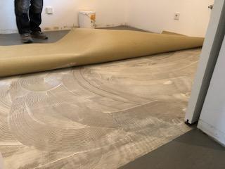 Linoleum Boden verlegung