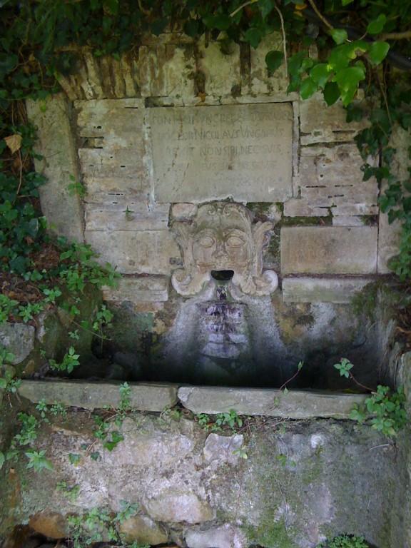 Fontana dell'Ornia realizzata dal dottor Nicola Ungaro, prima metà XVIII secolo, Paupisi