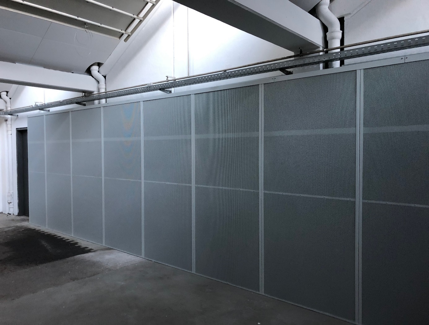 Schallschutzwände (massiv, Wandstärke 100mm)