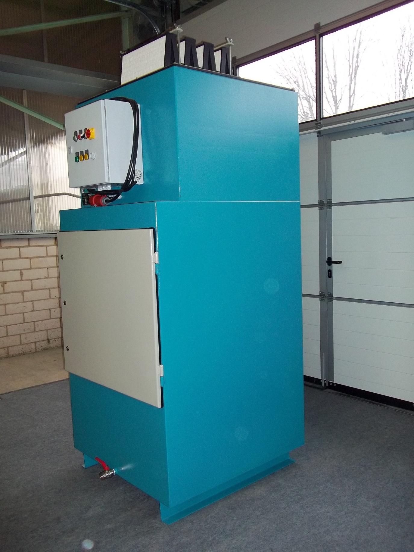 Waschblock zur Absaugung von Alu-Schleifstäuben gemäß ATEX und BGR 109 als Zentralabsaugung mit aufgebauter Nachfilterstufe für 2 - 3 Arbeitsplätze