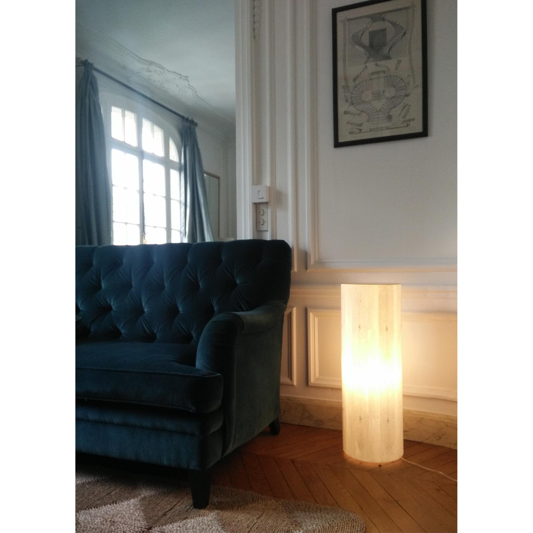 Colonne lumineuse - Collection lampes - particuliers - Paris