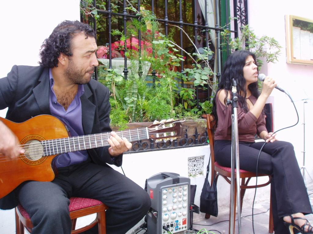 Livemusik in den Straßen von Buenos Aires