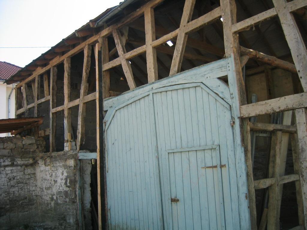 Fachwerkhaus vor der Rekonstruktion