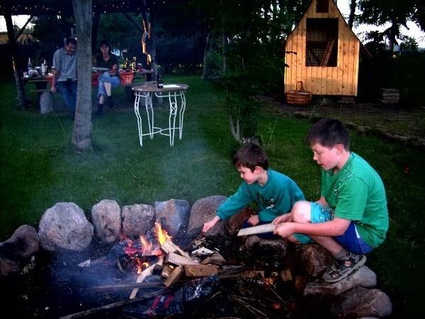 Ferienhaus in Kuhz - Garten mit Lagerfeuer