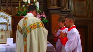 Servir la Messe à La Rochelle