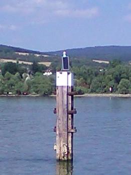 Solarmodul für ein Seezeichen auf dem Rhein - Mit SOLARA Solarmodulen immer zuverlössig Strom!