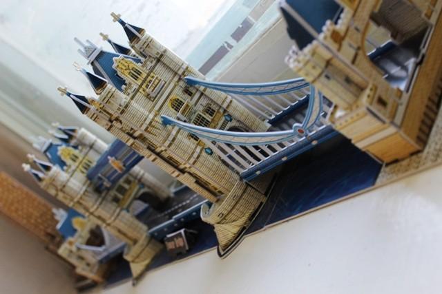 Тауэрский мост (выполнили учащиеся 5 Б класса)