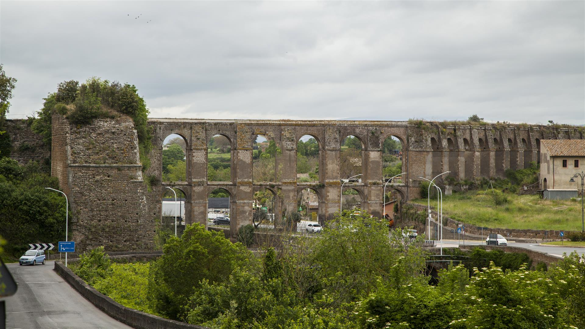 Nepi Acquedotto in stile romano