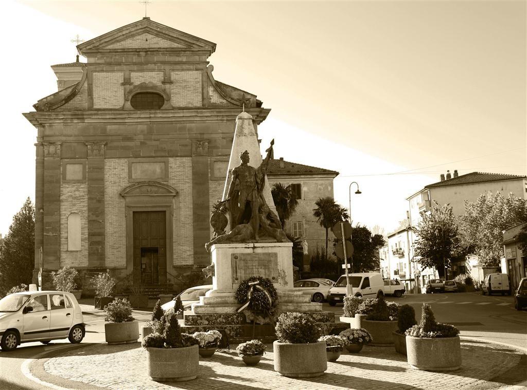 Chiesa di Santa Maria della Pace - Monumento ai Caduti