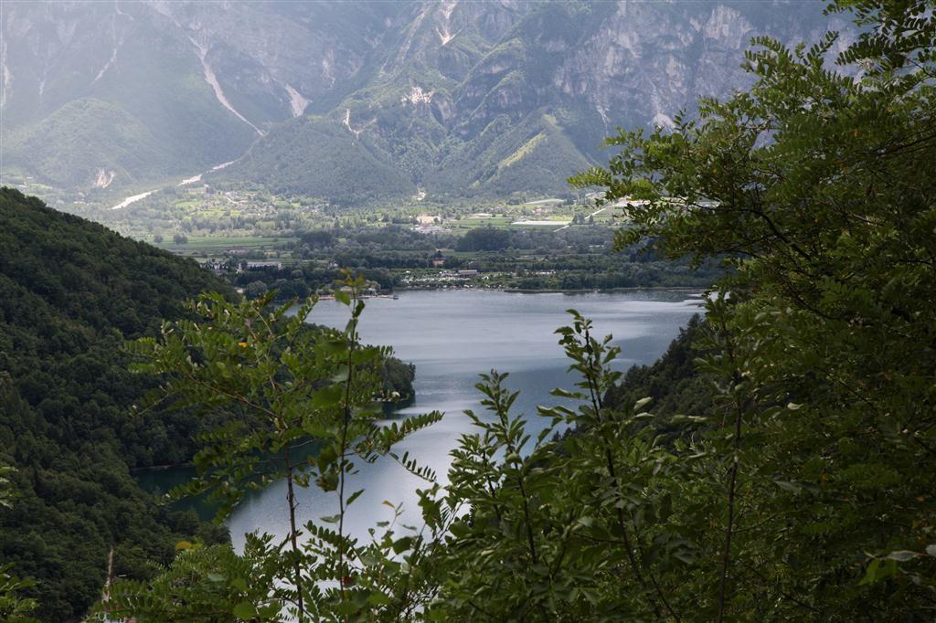 Veduta del lago di Caldonazzo