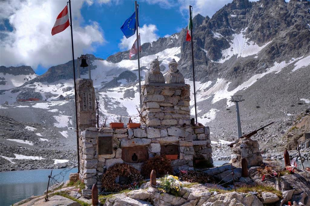 Monumento alla Fratellanza-Passo Paradiso (Tonale)