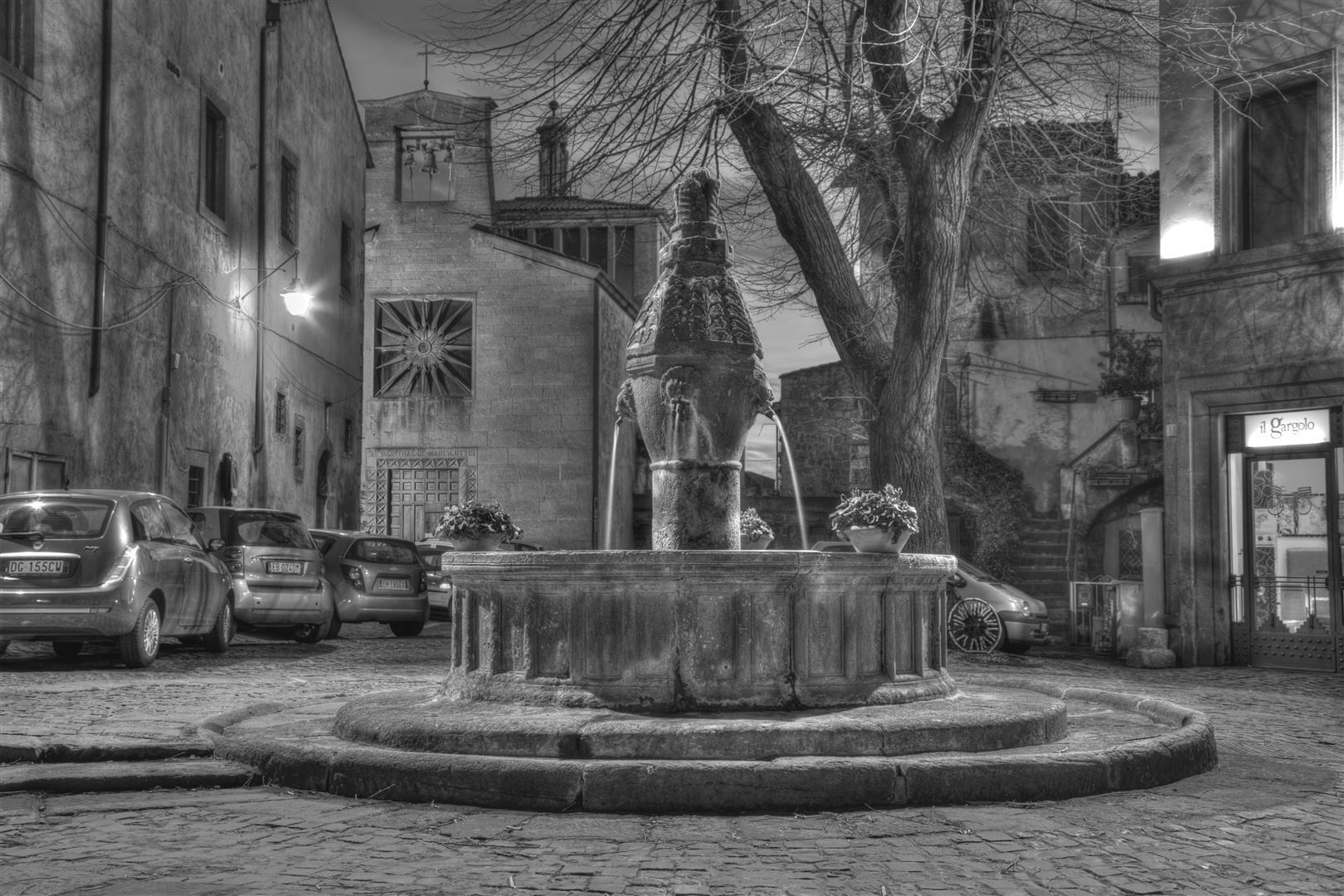 Viterbo-Fontana di S. Tommaso o della Morte
