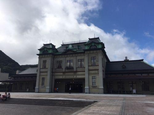 門司港駅。1914年(大正3年)から現存する駅舎は、国の需要文化財に指定されています。