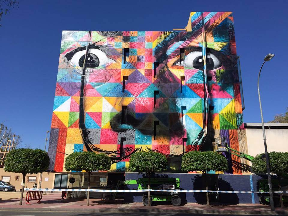 top-100-street-art-2017-best-of-murals-eduardo-kobra-02.jpg