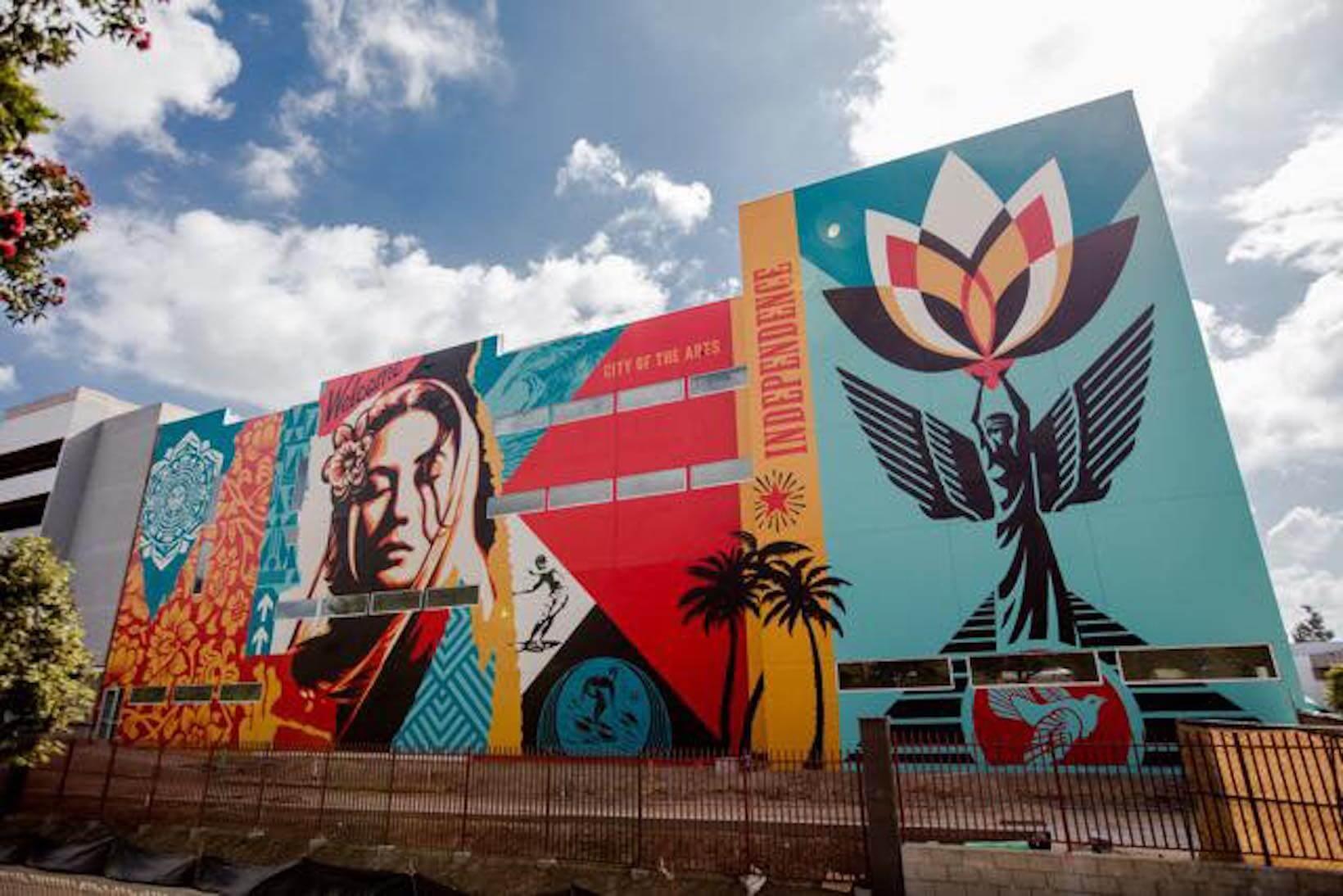 Shepard-Fairey-mural-grand-street-art-2018.jpg