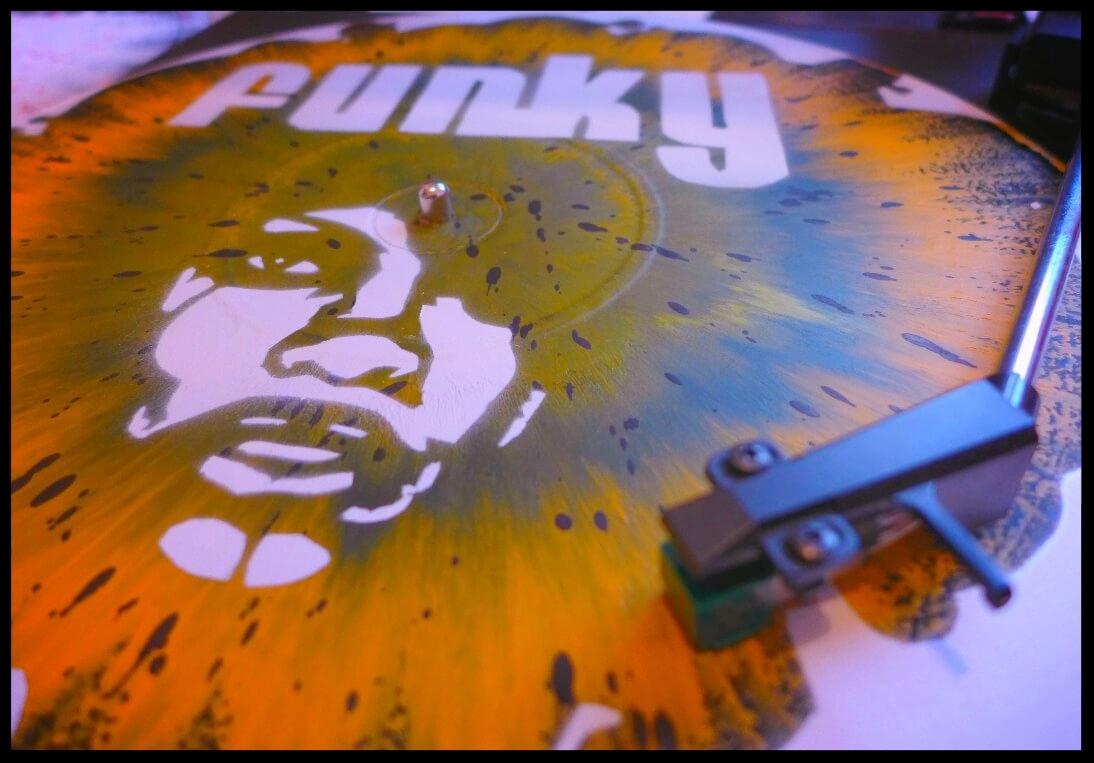 vinyle-deco-murale-pochoir.jpg
