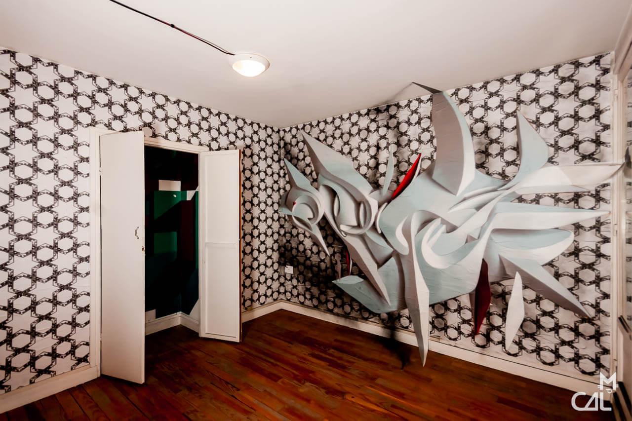 tour paris 13 anamorphic graffiti