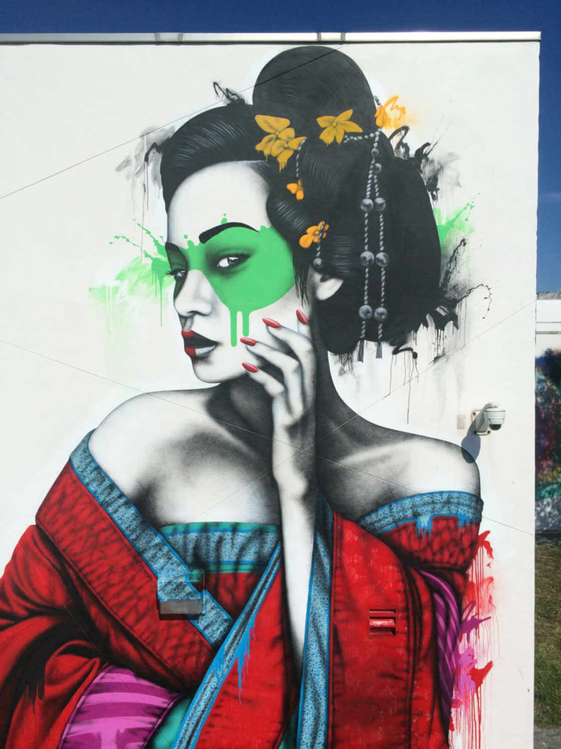top-100-street-art-2017-best-of-murals-graffiti-fin-dac-04.jpg