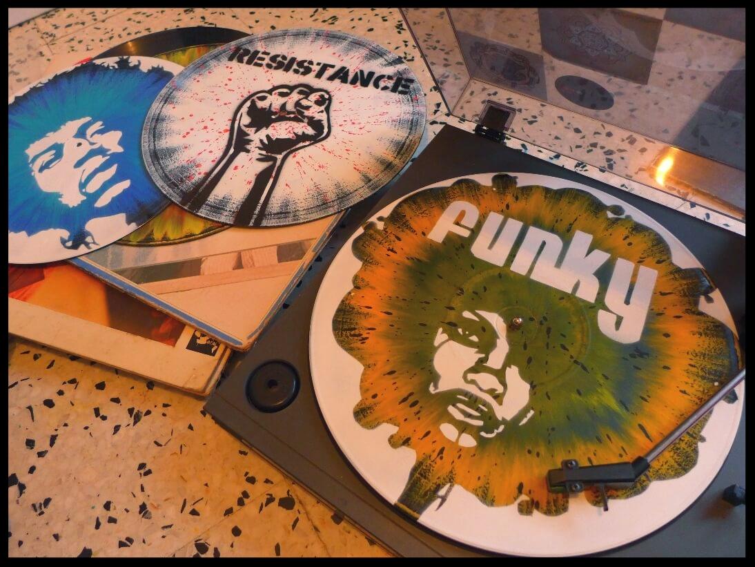 decoration-murale-disque-vinyle-personnalise.jpg