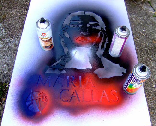 comment-peindre-au-pochoir-tutoriel-bombe-graffiti.jpg