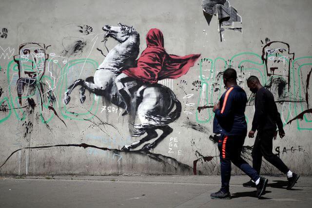 meilleur-oeuvres-banksy-best-of-street-art-2018-napoleon.jpg