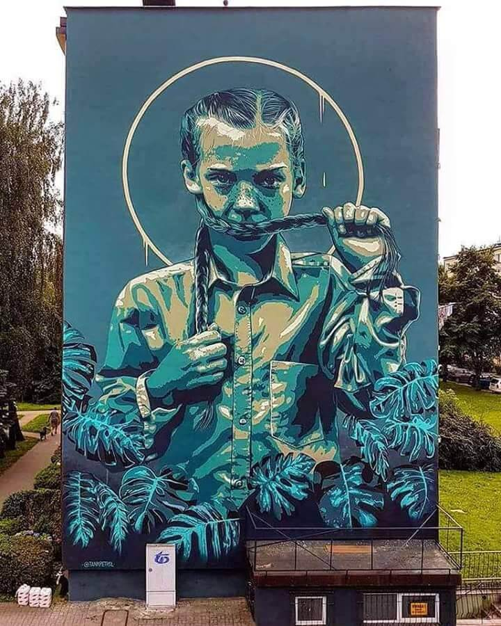 top-100-street-art-2017-best-of-murals-graffiti-year-tank-petrol.jpg