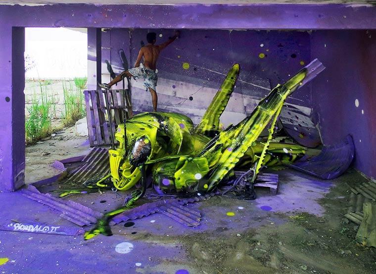 street-art-déchet-denonciation-écologie-bordalo2-sauterelle