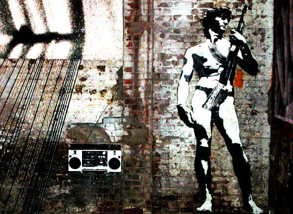 Blek le rat pochoir street art antiquité homme fusil