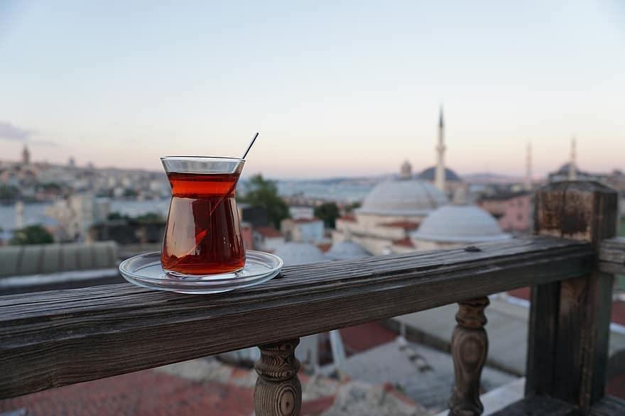 Le quattro donne di Istanbul, un libro che fa sognare