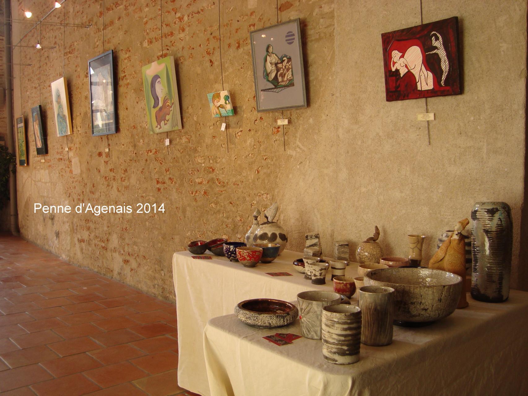 Quelques-unes de mes toiles avec celles d'Anne-Marie DELPIERRE et les céramiques d'art d'Agnès C