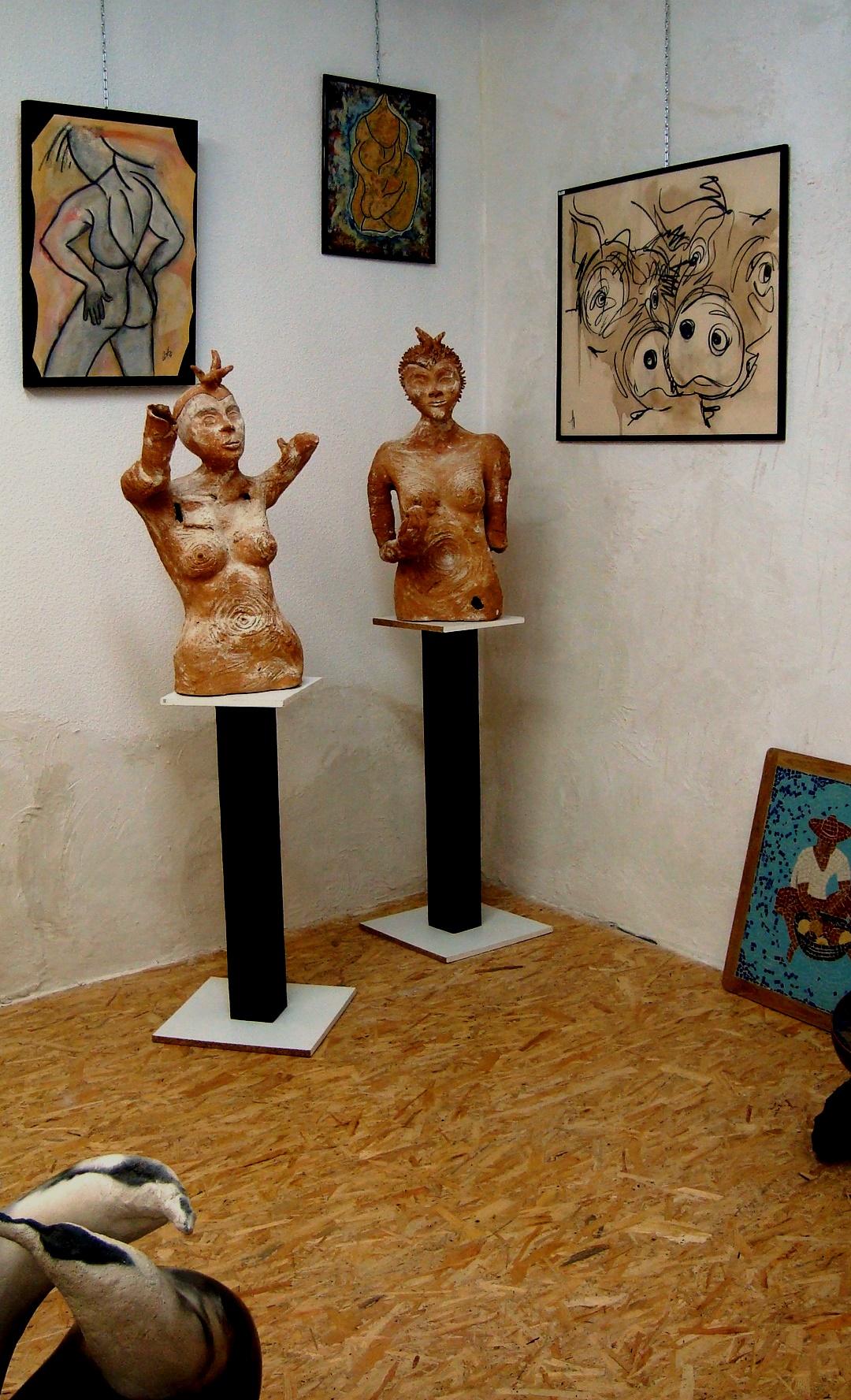 Mes deux copines : sculptures d'Agnès C