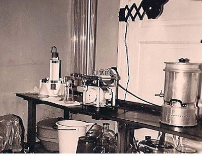 Das Labor der Burg-Apotheke aus den 60-er Jahren.