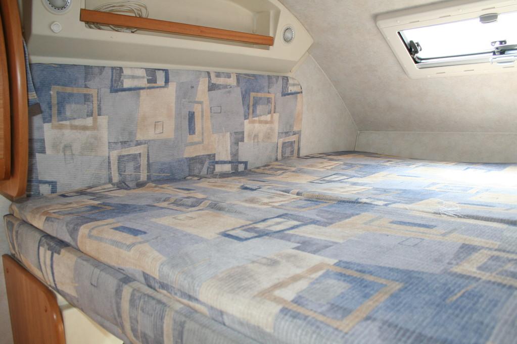 Cuscino mansarda camper rimor da sostituire il tessuto di rivestimento. By ballabioiltappezziere.com
