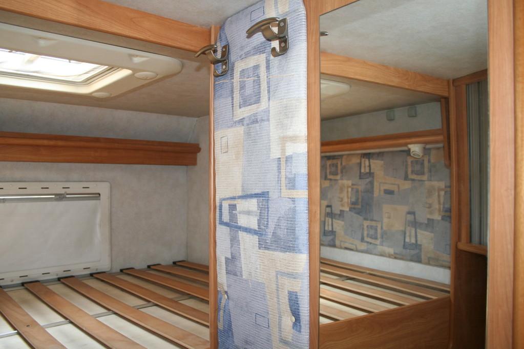 paretina da ricoprire e creare tasche portaoggetti. By ballabioiltappezziere.com