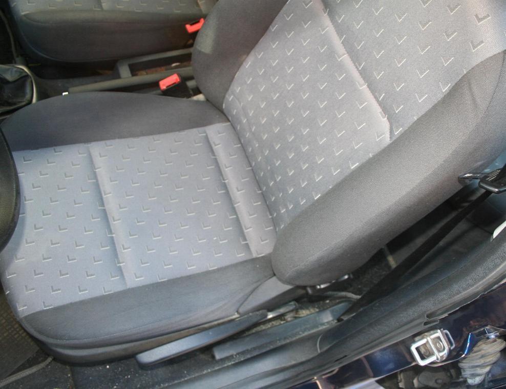 Sedile skoda octavia sostituito fascia laterale e riparato imbottitura By ballabioiltappezziere.com
