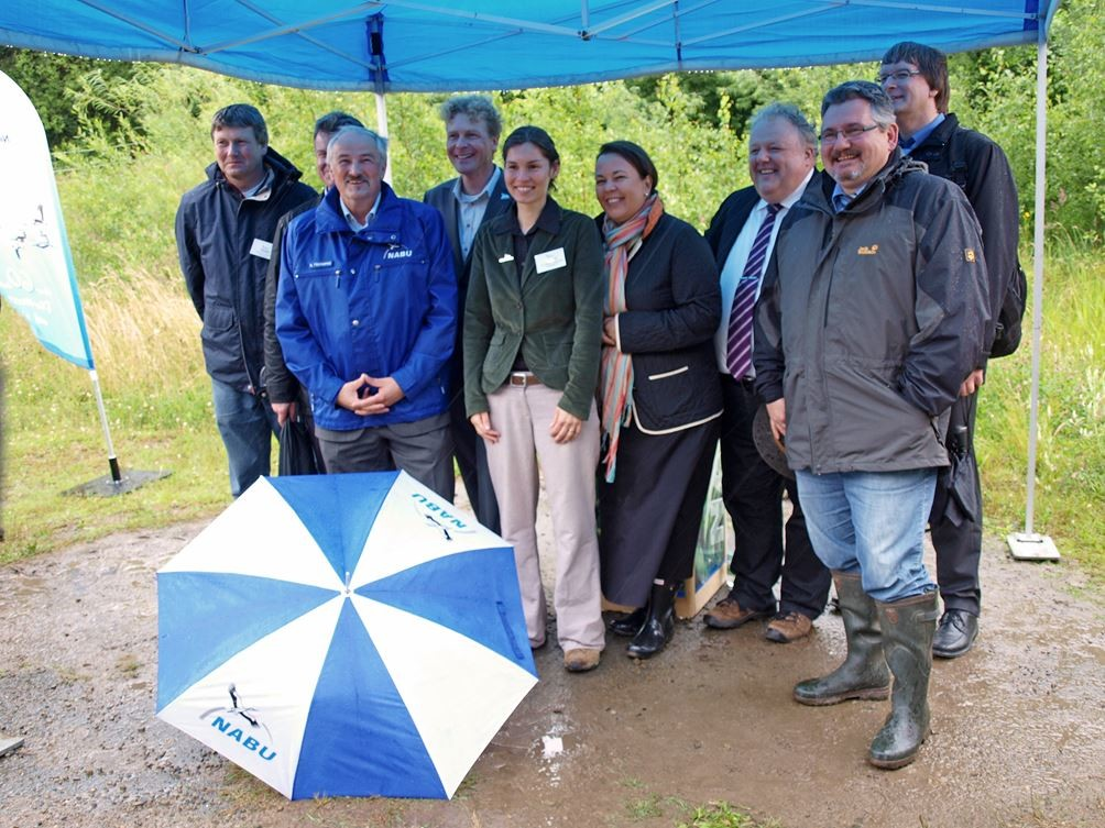 Eröffnung des Gelbbauchunken-Projektes im Steinbruch am 13.07.2012. - Foto: Kathy Büscher