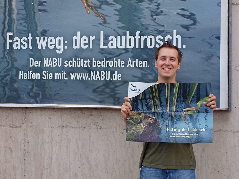 ...bei der Durchführung von Artenschutzprojekten. - Foto: Kathy Büscher