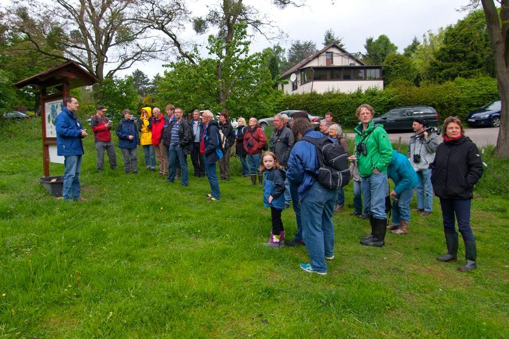 Exkursion auf die Streuobstwiese Hohenrode. - Foto: Kathy Büscher