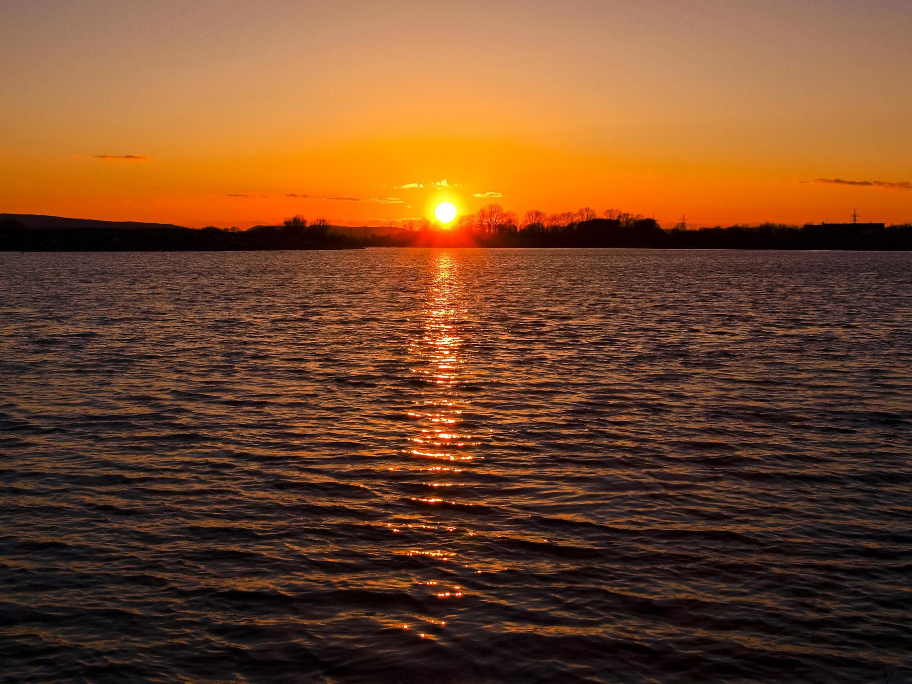 Sonnenuntergang am westlichen Teich.