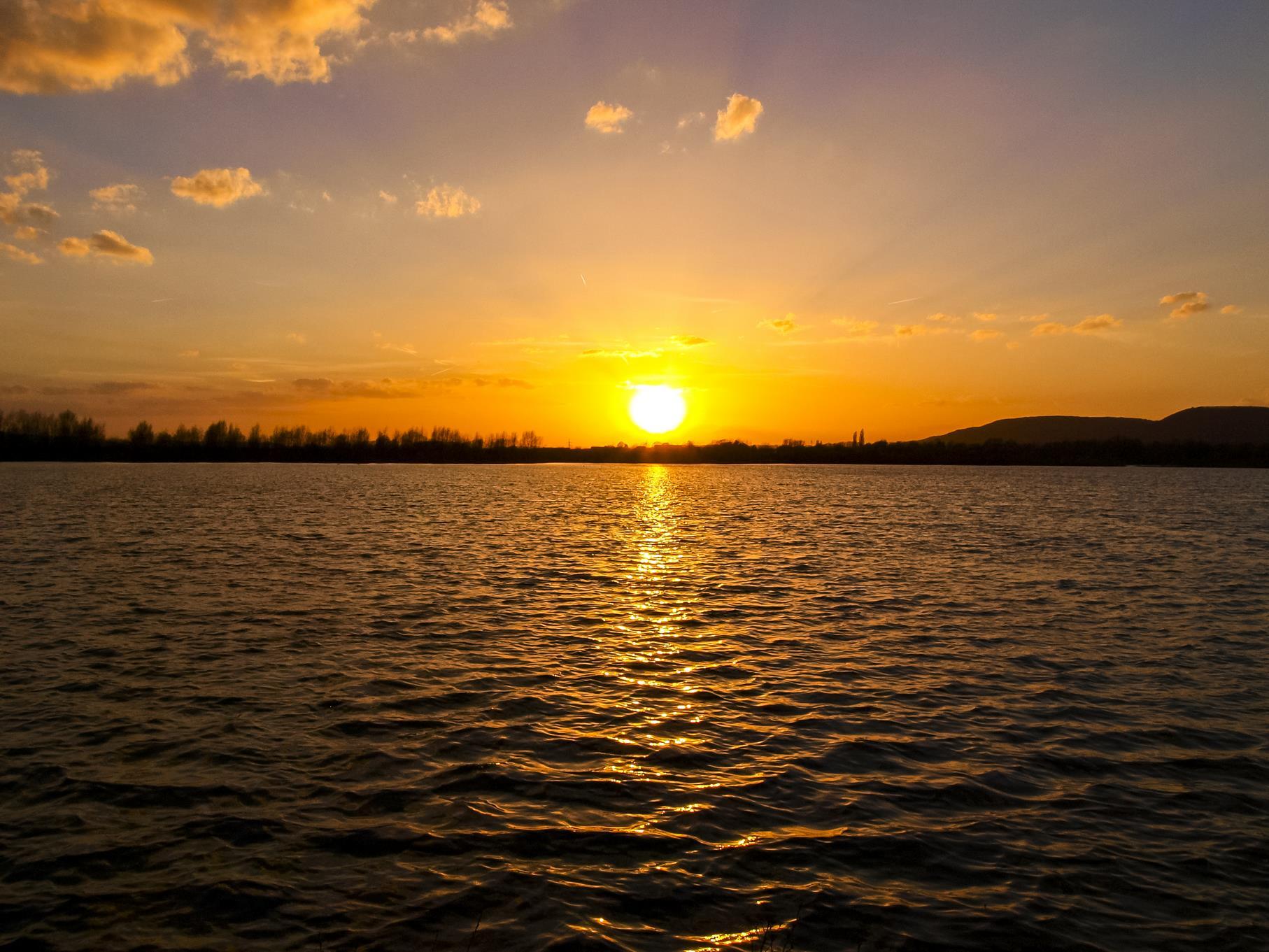 Sonnenuntergang am mittleren Teich.