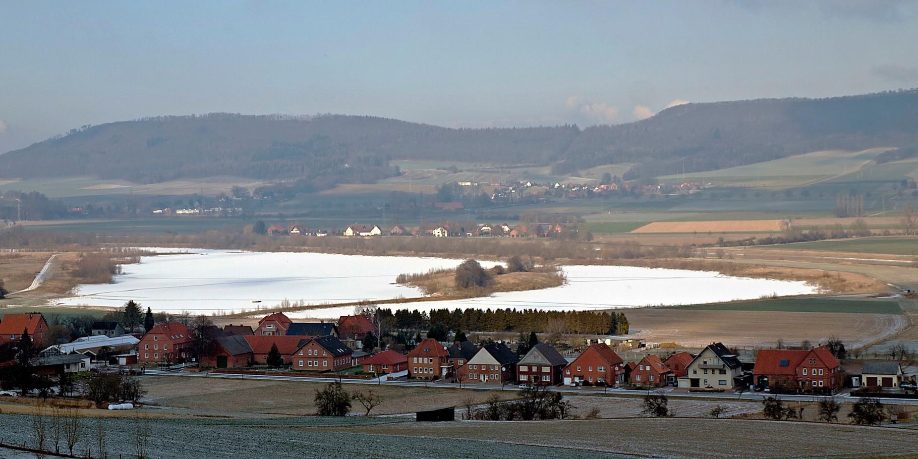 Die Auenlandschaft im Winter von oben. . Foto: Kathy Büscher