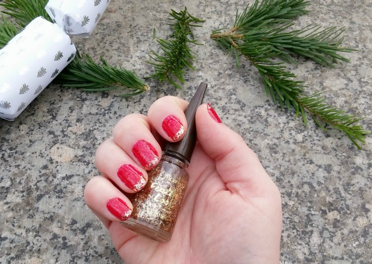 nail-art-noel-or-LesAteliersDeLaurene