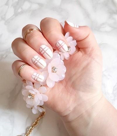 nail-art-blanc-nude-LesAteliersDeLaurène
