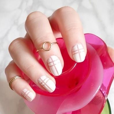 nailart-blanc-nude-LesAteliersDeLaurene