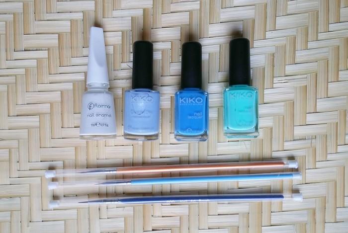 nail-art-bleu-LesAteliersDeLaurene
