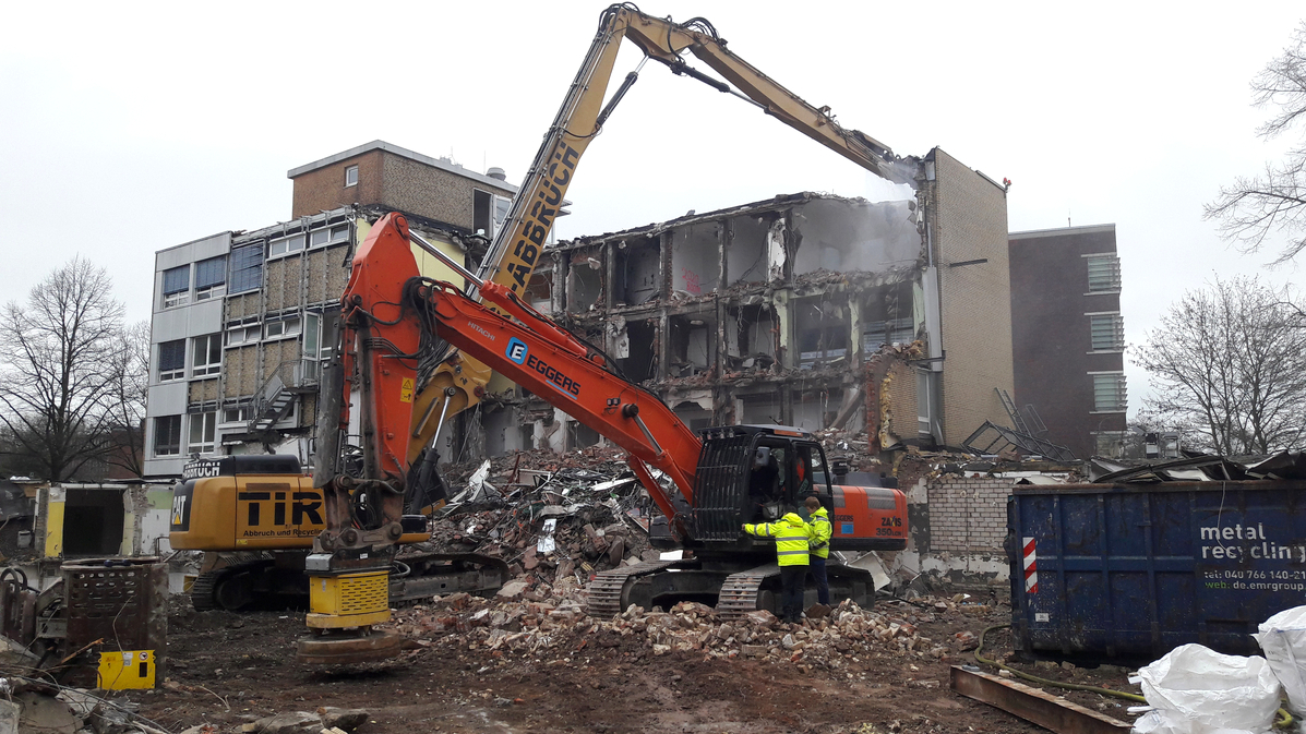 UKE, Gebäude N23 (ehemalige Kinderklinik) - Abbruch- und Rückbauarbeiten