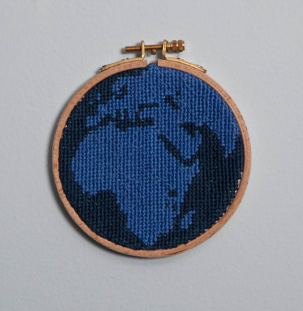 ''Dünya'' 2011-Cross stitch/13 cm