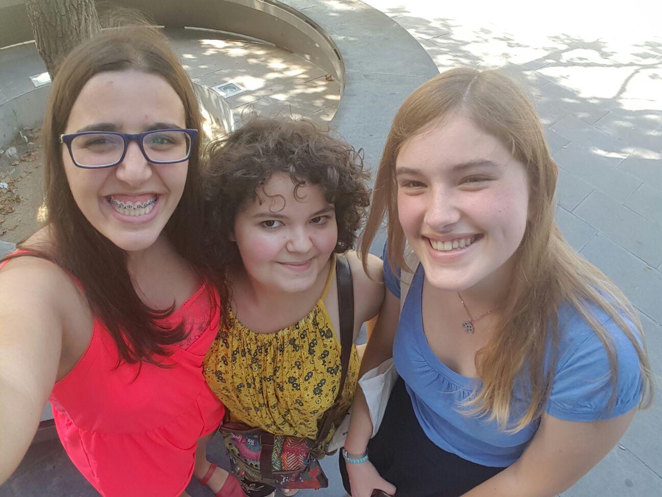 D'esquerra a dreta: Ivilsa, Mixa i Mauqui