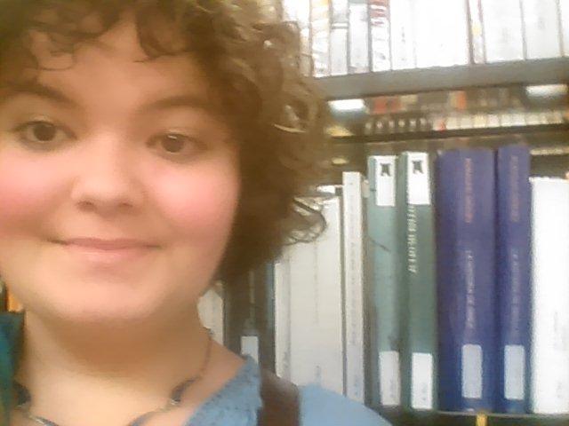 #Shelfie (Shelf + Selfie) a la Biblioteca de Castelldefels
